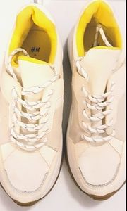 H&M WHITE AND YELLOW SNEAKERS W BLACK/WHITE LACES